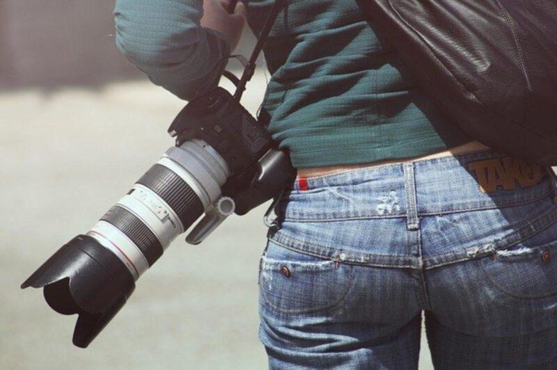 Jak wybrać fotografa na ślub – o czym powinny wiedzieć pary młode?